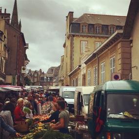 Marché rue Jeanne d'Arc (vendredi)
